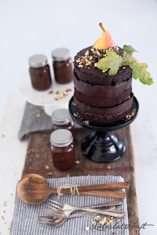 Homemade Nussnougatcreme (vegan) und Nutellatorte. – Liebesbotschaft ...